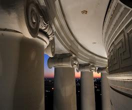 Photo: Columnade, AR State Capitol