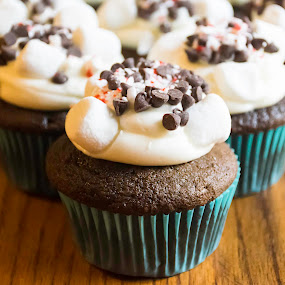 Hot Chocolate Cupcake by Nicole Mitchell - Food & Drink Cooking & Baking ( chocolate chips, cupcake, hot chocolate, peppermint, marshmallows )