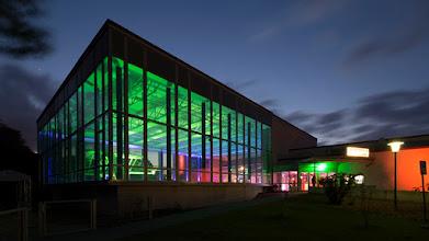 Photo: Was man mit einem alten Hallenbad machen kann, zeigt Wolfsburg. Gratulation! Mehr auf http://www.hallenbad.de/kulturzentrum/.