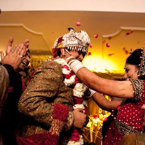 Varmaala by Anurag Bhateja - Wedding Ceremony ( north india, wedding, india )