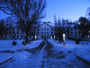 Photo: QRRS Dorms in dawn snow. 中国北车齐车公司第一公寓在雪中初霁。