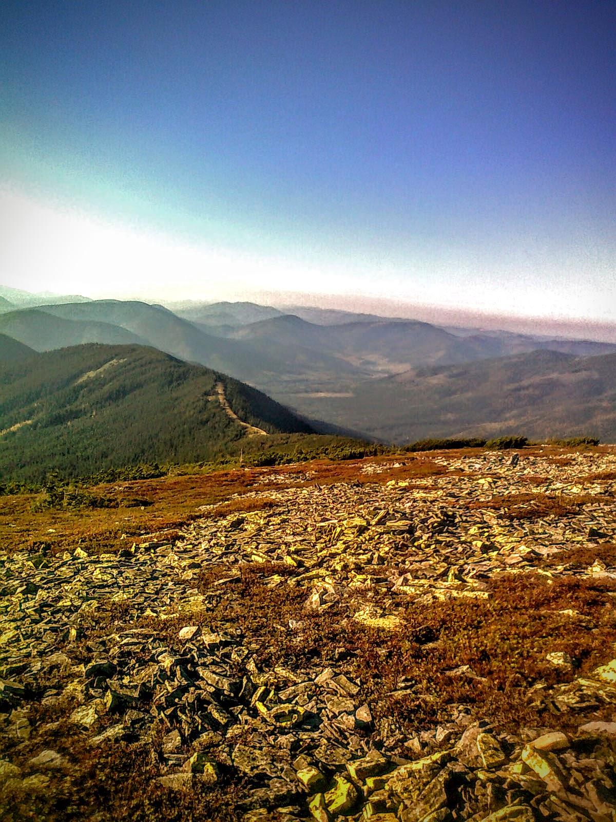 На горі Яйко Ілемське