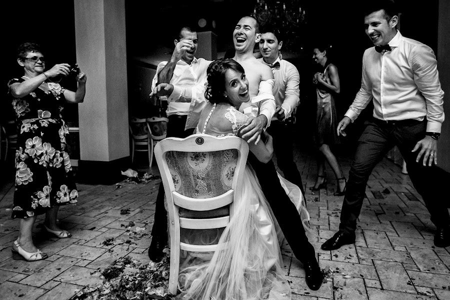 Wedding photographer Sabina Mladin (sabina). Photo of 12.10.2016
