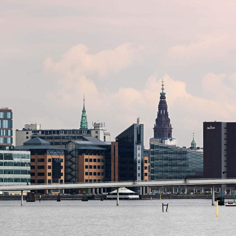 北欧デザインアートポスターブランドProject Nordが拠点とするデンマークの首都、コペンハーゲンの風景