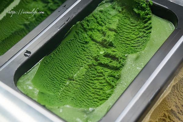 微風南山美食,七種濃淡的抹茶冰淇淋任你選,全球最濃抹茶冰在這裡.JAPAN RAIL CAFE