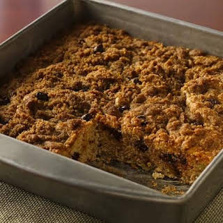 Streusel-Topped Banana-Chocolate Snack Cake.