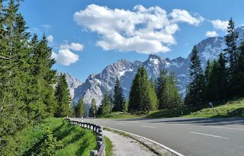 Photo: Auf der Rossfeld-Panoramastraße bis auf 1600 m - damit Deutschlands höchstgelegener Panoramastraße.