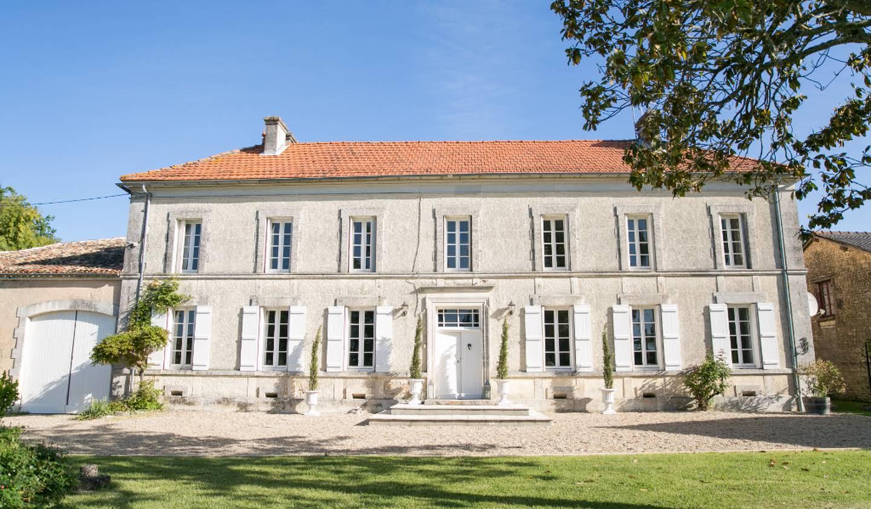 House Barbezieux-Saint-Hilaire