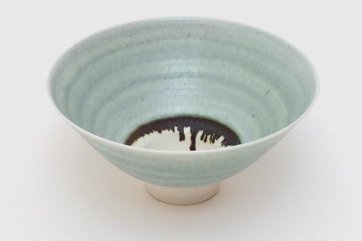 Peter Wills Porcelain Bowl 094