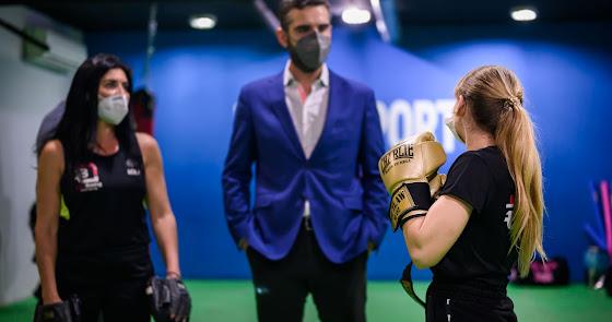 Los valores del boxeo que enseña la EDM Lola Boxing a niños y jóvenes