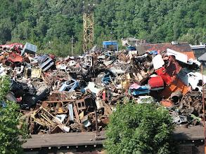 Photo: Wysypisko śmieci w okolicach Wałbrzycha - widok z pociągu