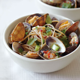 Spaghetti with Asian-Flavored Clams and Zucchini.