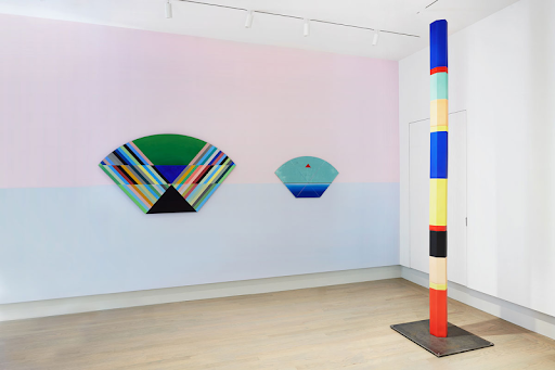 Installation view of Anton Ginzburg: VIEWs. From left: VIEW_5A_03 (2018), VIEW_5A_04 (2018), Polychrome Column 10A_02 (2019)