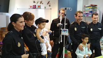Visita de la Policía Nacional a Torrecárdenas
