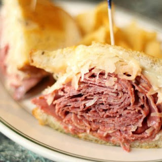 Slow Cooker Reuben Sandwich