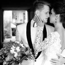 Wedding photographer Taras Sinkalskiy (90210). Photo of 20.04.2016