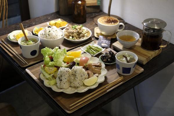 Merci petit_集美味與健康於一身的日式定食_溫馨的雜貨古董咖啡廳