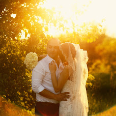 Wedding photographer Vladimir Uzryutov (SenseStudio). Photo of 17.07.2014