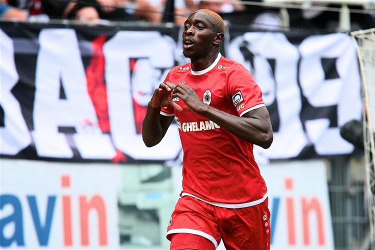 Antwerp neemt 23 spelers mee op stage, twee belangrijke afwezigen & getest maar niet goedgekeurd