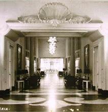 Photo: Galeria das Estrelas do Palácio Quitandinha. Foto de Frank Scherschel