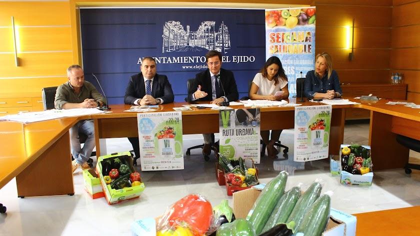Presentación de las actividades de la semana saludable llevada a cabo en el ayuntamiento de El Ejido.