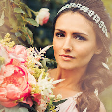 Wedding photographer Marta Kounen (Marta-mywed). Photo of 04.08.2015