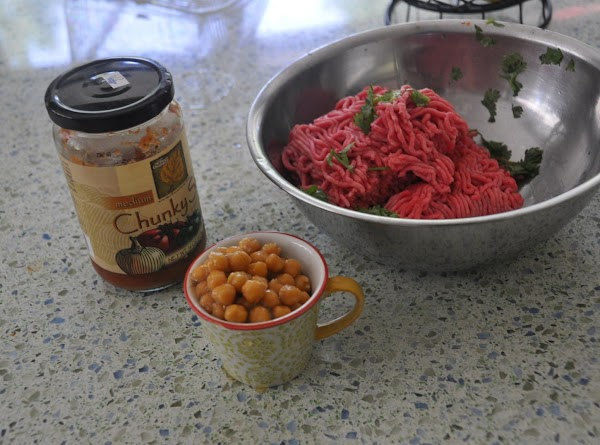 Chopped cilantro, added to meat, mix and make 12 meatballs.