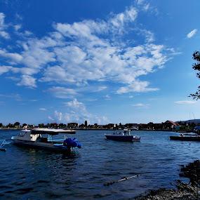 Teluk Lalong Luwuk by Imanuel Monggesang - Landscapes Beaches ( bay, gulf, lalong )