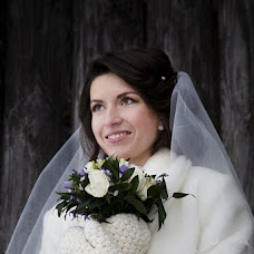 Wedding photographer Elena Kryazheva (Kryajeva). Photo of 26.12.2012