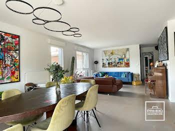 Appartement 4 pièces 120,72 m2