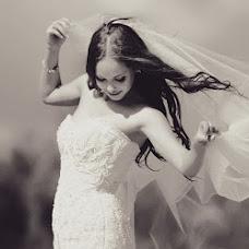 Wedding photographer Aleksey Babich (CrazyBear). Photo of 26.10.2012