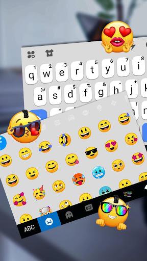 blue white chat keyboard theme screenshot 3