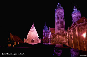 Photo: nächtlicher Domplatz in Naumburg an der Saale  Hermoso ejemplo de arquitectura gotica