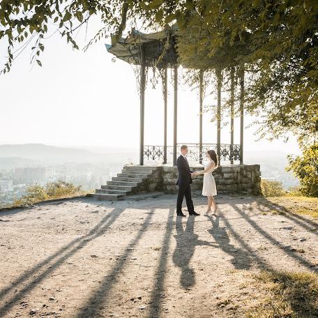 Wedding photographer Natalya Voskresenskaya (NatalyV). Photo of 24.10.2017