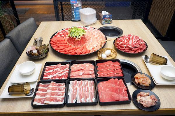 二鍋 壽喜燒/涮涮鍋 |高雄吃到飽|預約隱藏版大仙肉盤|精選食材不限時供應|吃到飽控必朝聖鍋物