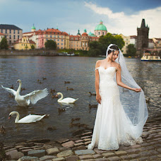 Wedding photographer Evgeniya Leonova (Vetrana). Photo of 25.07.2016