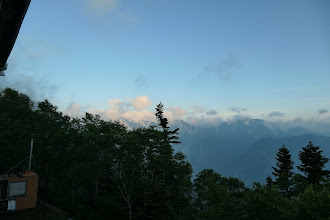 小屋から剱岳方面