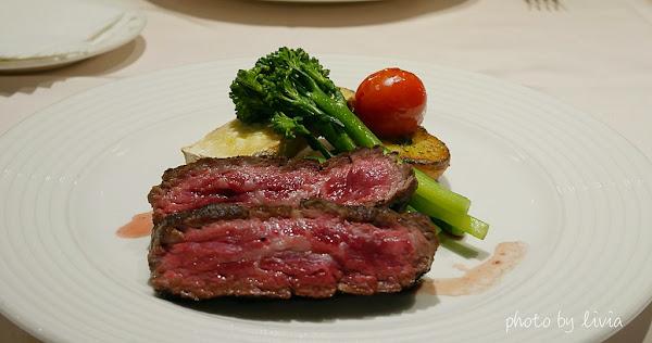 雅室牛排 Steak Inn 搬新家│台北老饕牛排推薦│台北25年經典牛排老店│母親節餐廳推薦 ❤跟著Livia享受人生❤