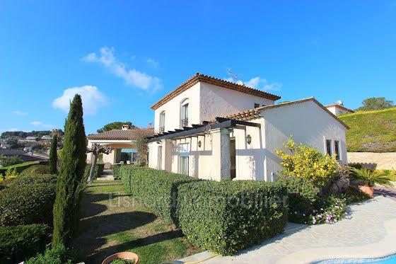 Vente villa 4 pièces 190 m2