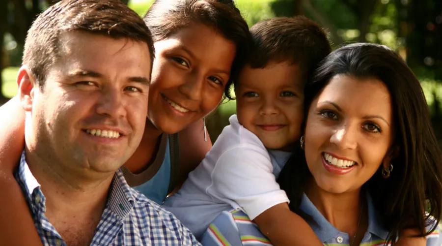 familia - armony ecuador