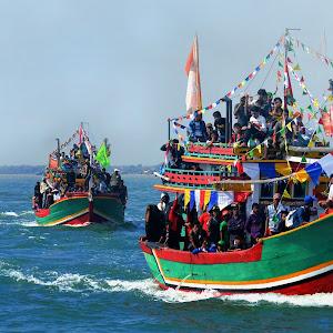 """Pesta Laut"" (traditional ceremony) in Blanakan.jpg"