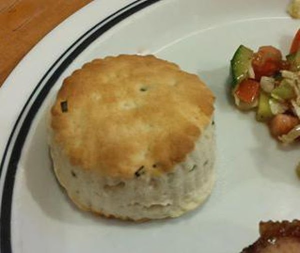 Sour Cream And Chive Biscuits Recipe