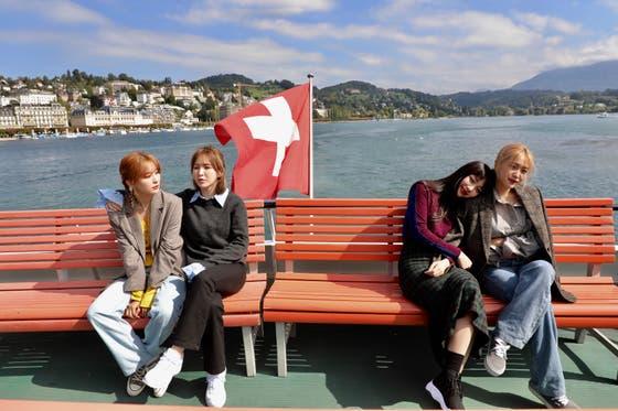 Red-Velvet-In-Switzerland