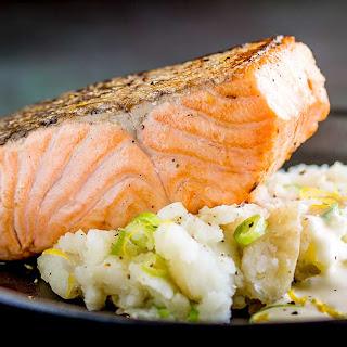 Pan Seared Salmon with Creamy Smashed Potatoes Recipe