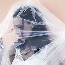 Wedding photographer Guido Paradisi (paradisi). Photo of 11.02.2014