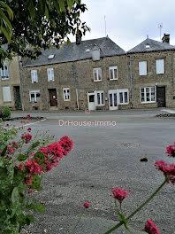 maison à Gorron (53)