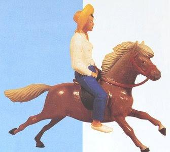 Figurine poly