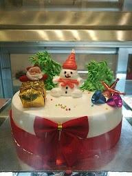 King Cakes & Desserts photo 7