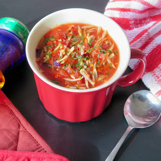 Heart Healthy Vegetable Soup #FreshTastyValentines #giveaway.