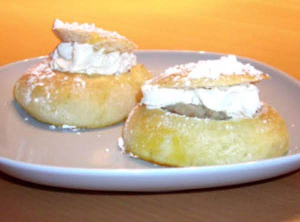 These Rich Rolls Are Famous During Lent & Began As Swedish Fat Tuesday Treats!